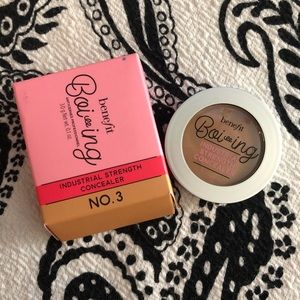 BN Benefit Boi-ing Industrial Strength Concealer 3